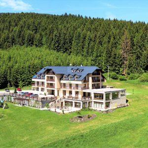 hotel-green-kubinska-hola-1